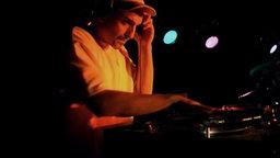 Pass The Mic! - Latin Hip-Hop Culture