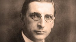 De Valera's Ireland - The 1930s